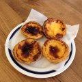 Czytaj więcej: Pastéis de nata – portugalskie ciasteczka do kawy
